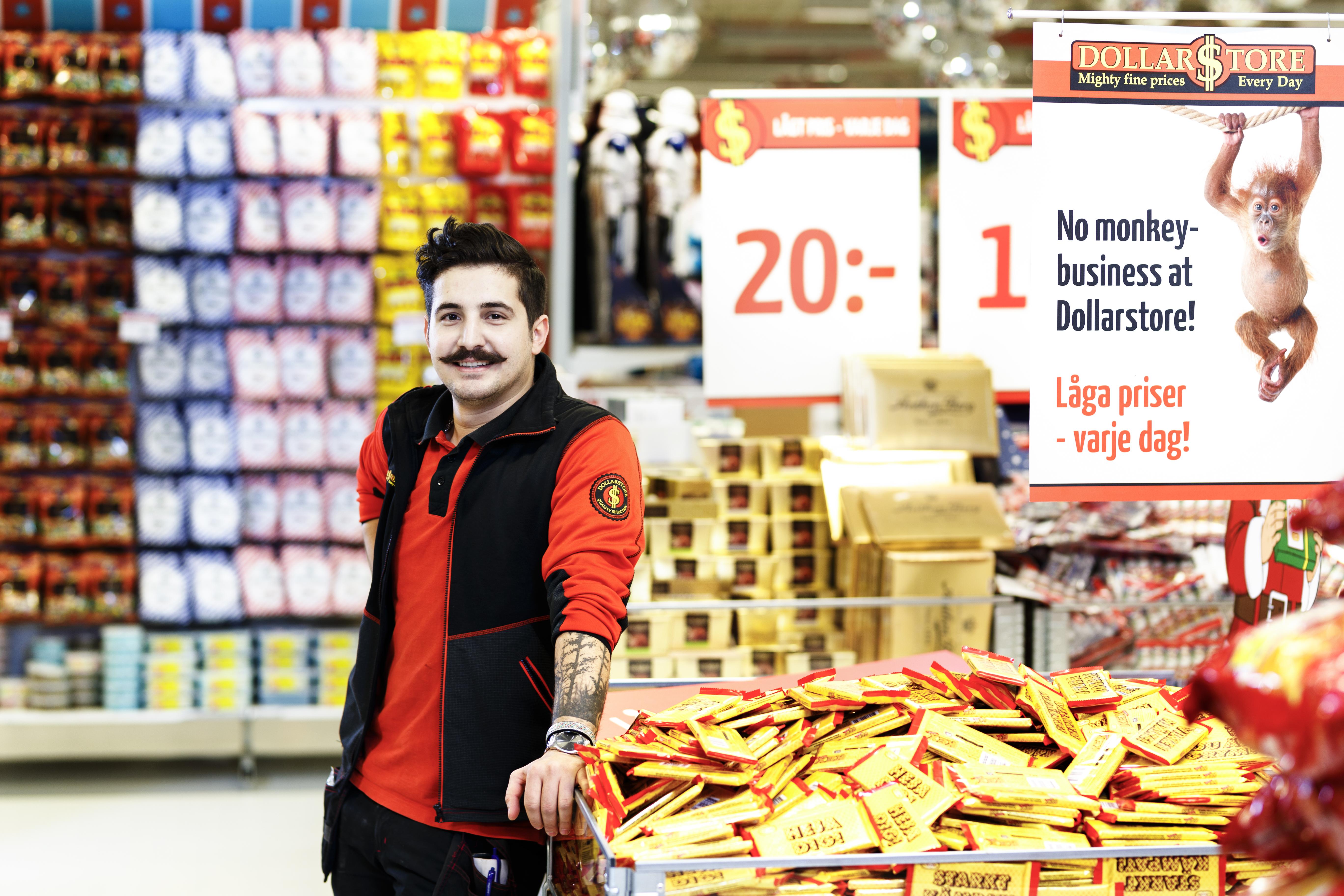 Hamude Mustafa, Dollarstore